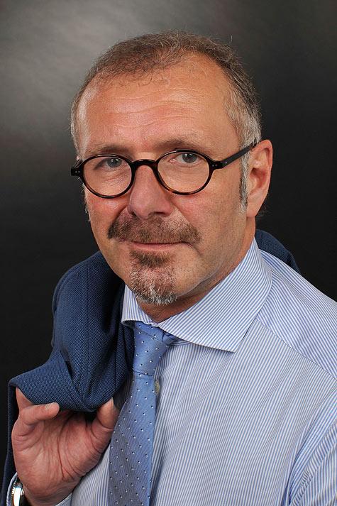 Portraitfoto des Rechtsanwalts Uwe Lange